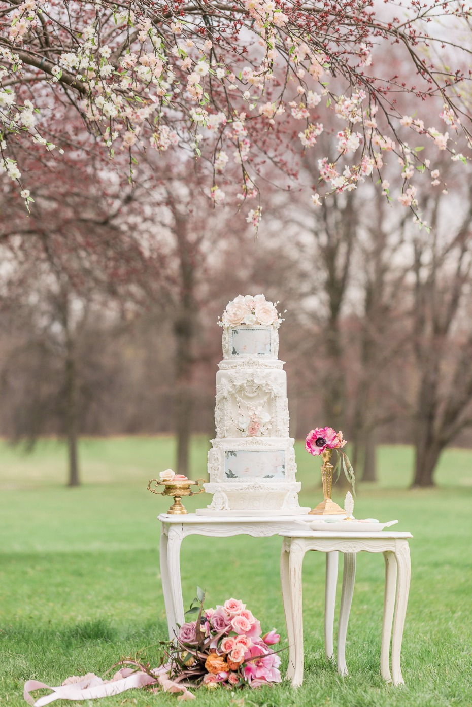 Intricate white wedding cake