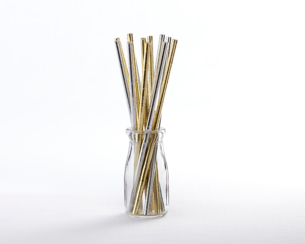 ✨ sparkly and shiny metallic foil paper straws.