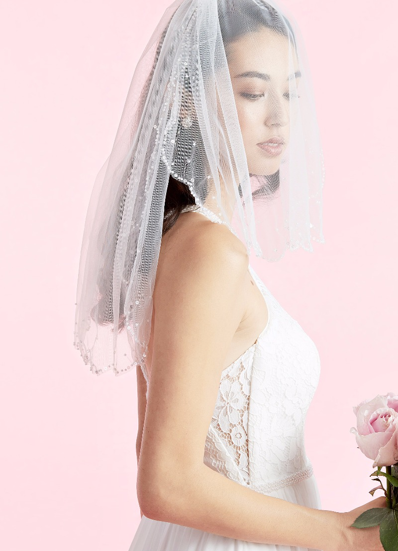 Our Calyssa wedding gown and Violet veil will make your guests swoon 💕