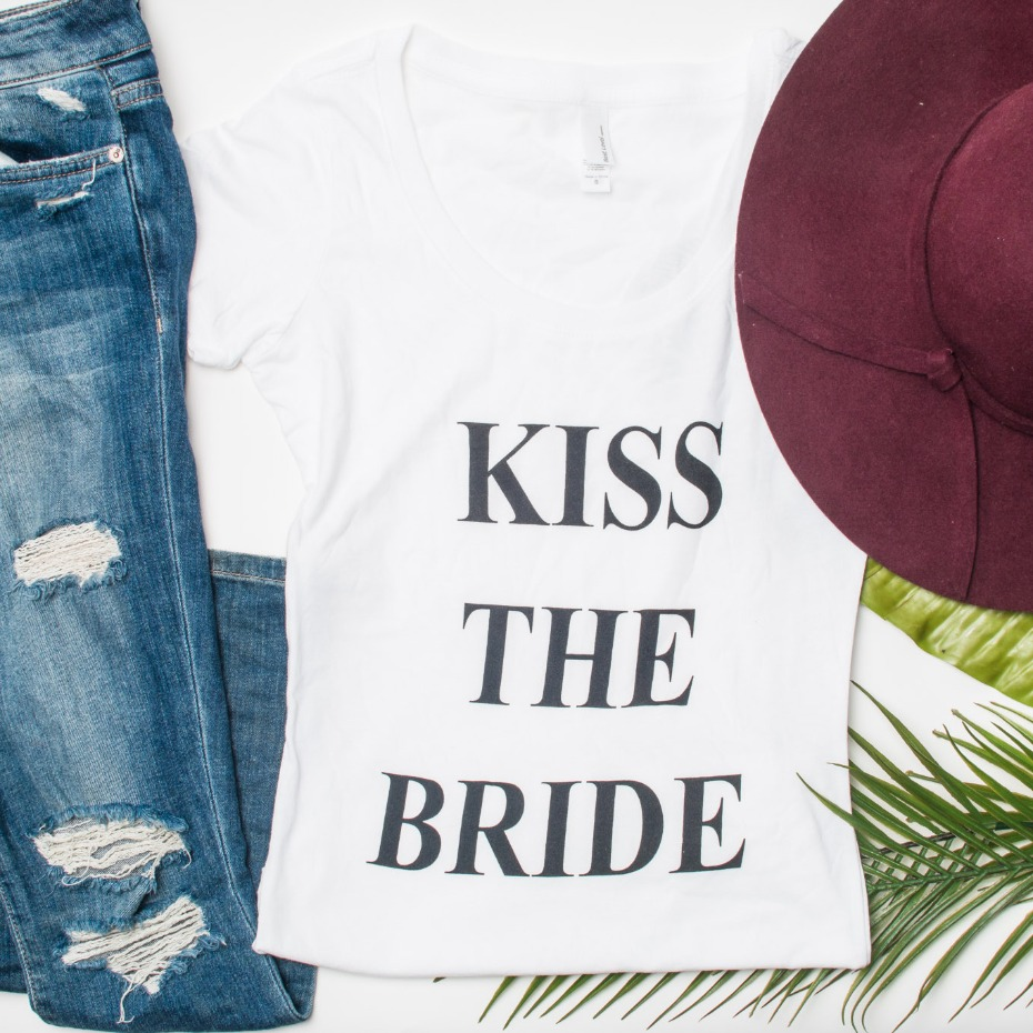 Kiss the bridal from Tulle La La