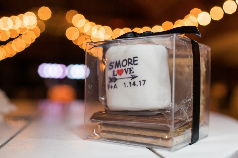 "Adorable ""s'more love"" favors"