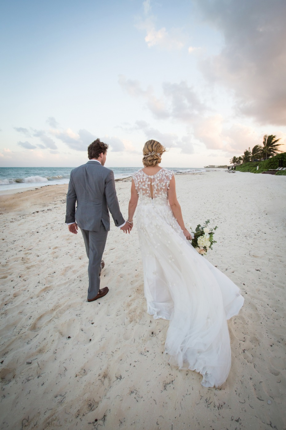 Beautiful Mexico beach wedding