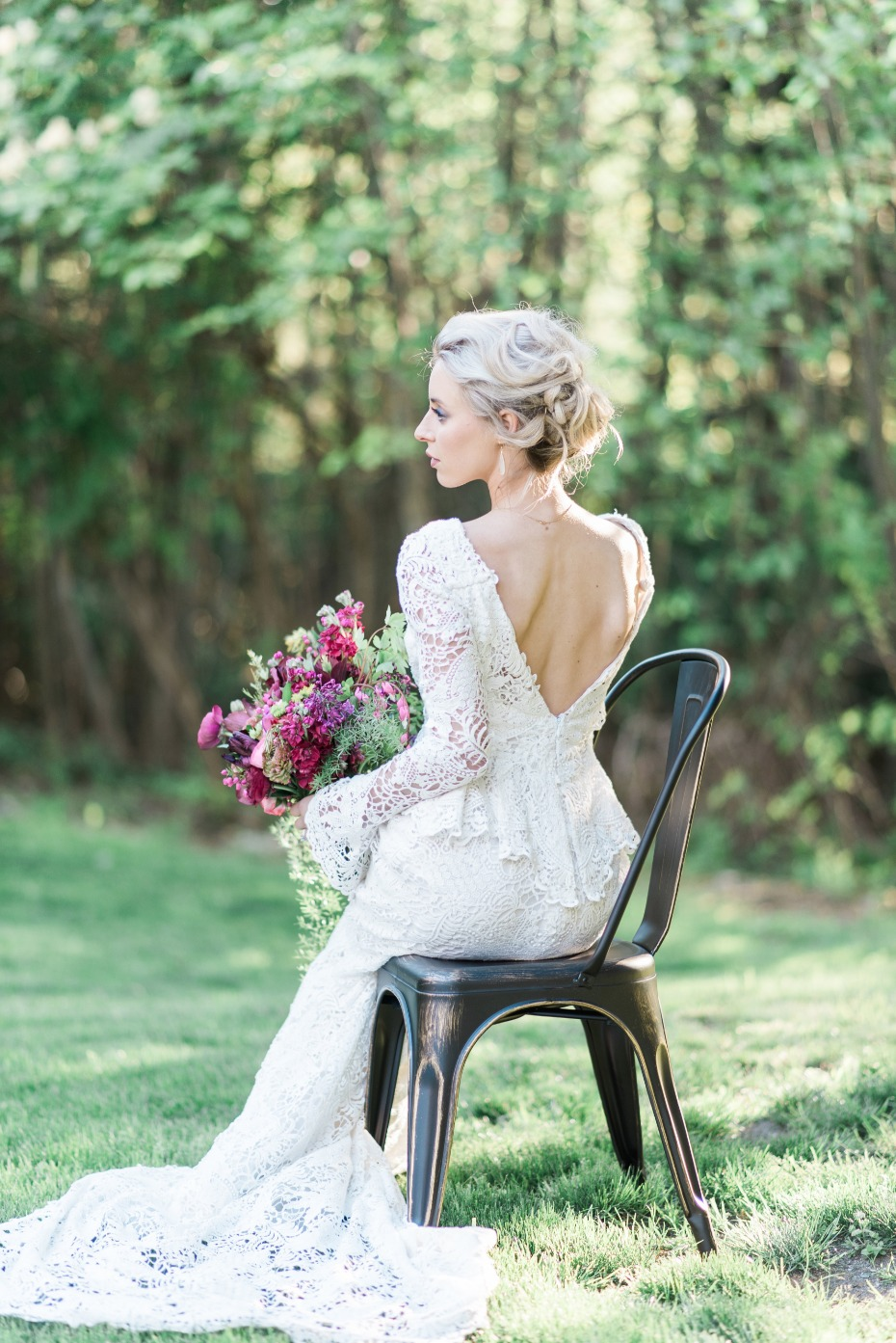 form fitting boho bride