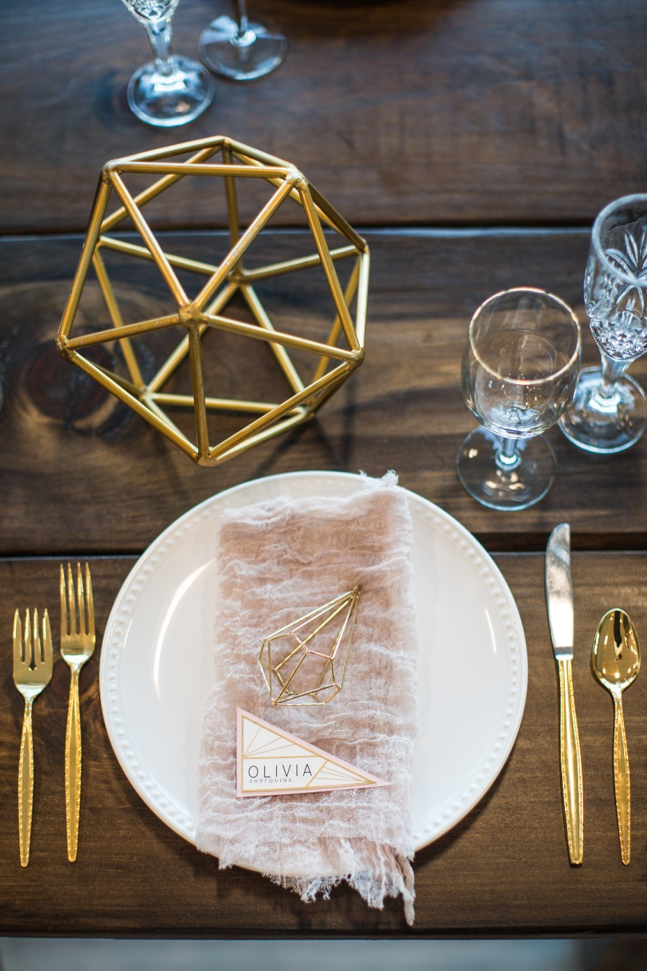modern gold and blush wedding place setting
