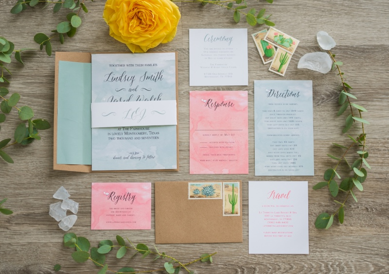 Wedding color scheme goals! These watercolor invites are perfection.