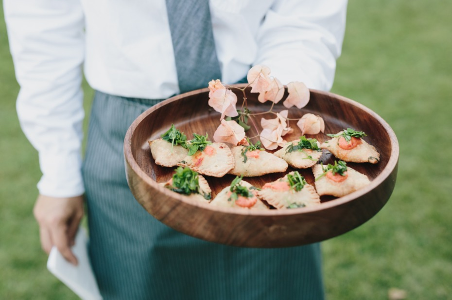 wedding food ideas for your cocktail hour