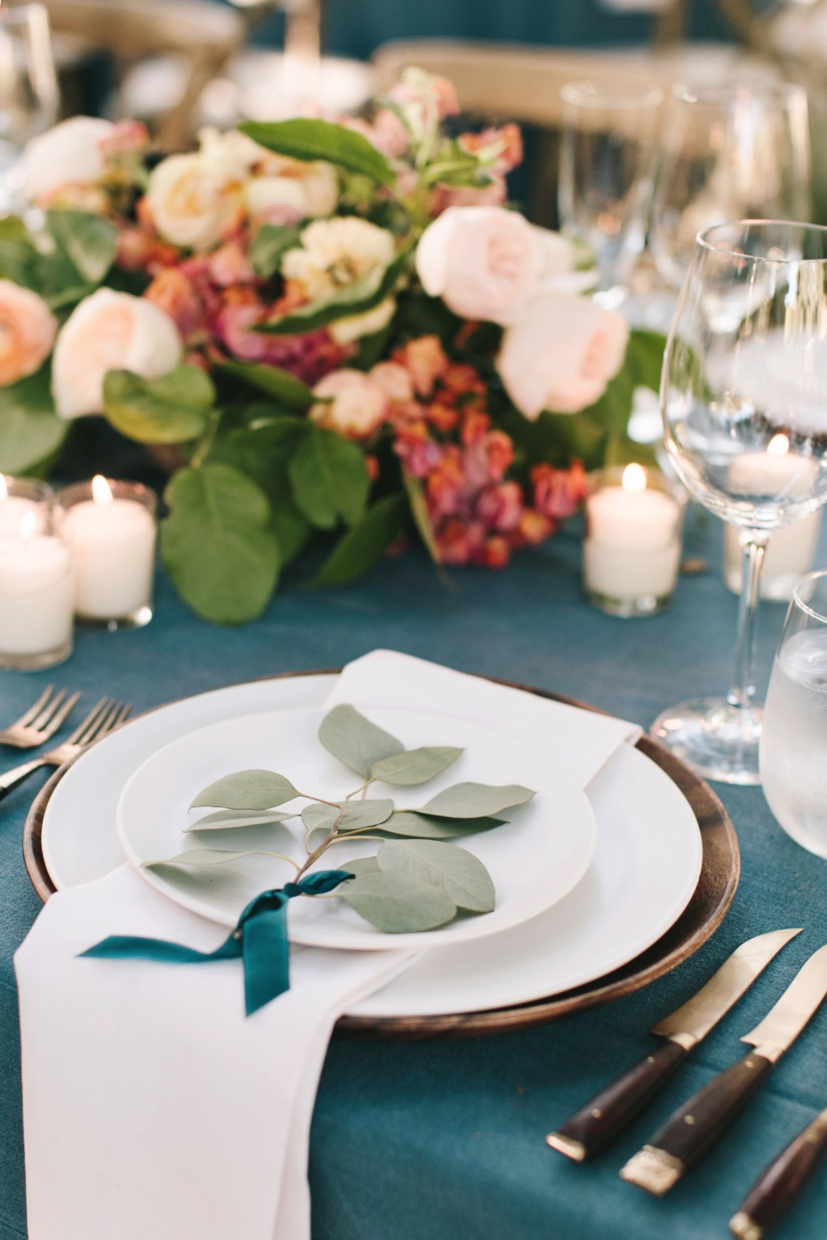 blue and copper wedding table deocr