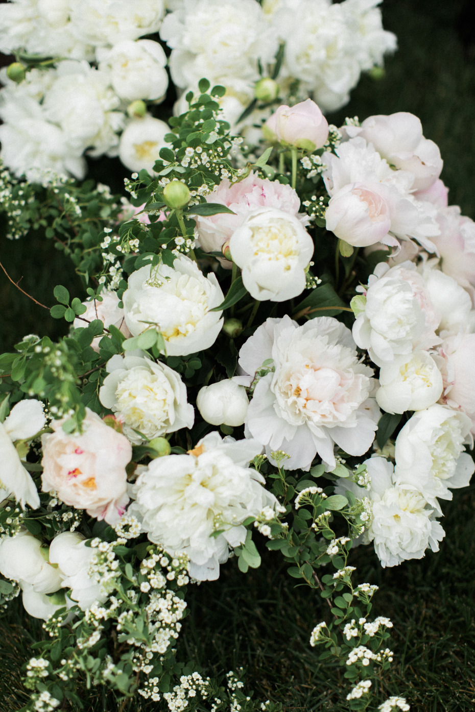 gorgous florals at  the Villa Terrace Is An Italian Wedding Venue In States
