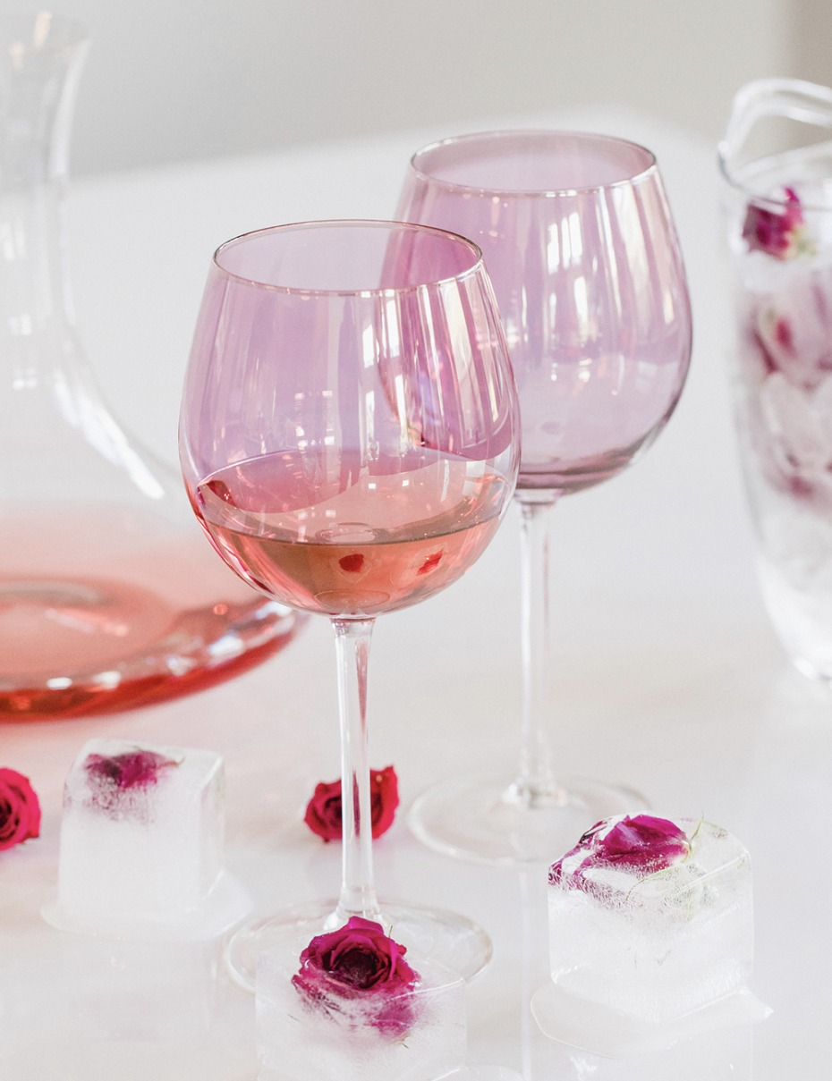 fancy pink wine glasses