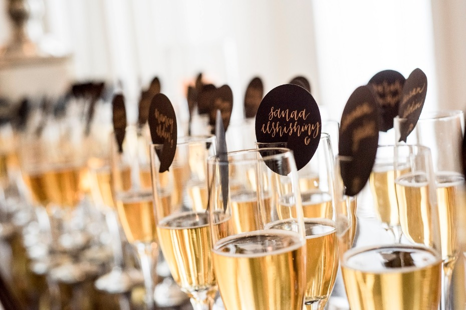 Champagne place card idea