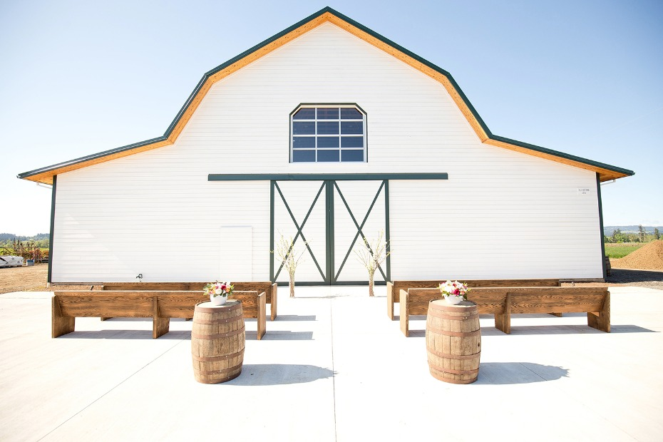 Elegant barn ceremony space