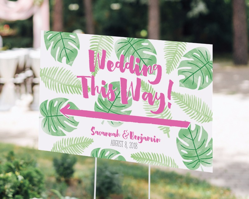💕Our Personalized Directional Wedding Sign with a Pineapples and Palms design gets your guests excited for your tropical or destination