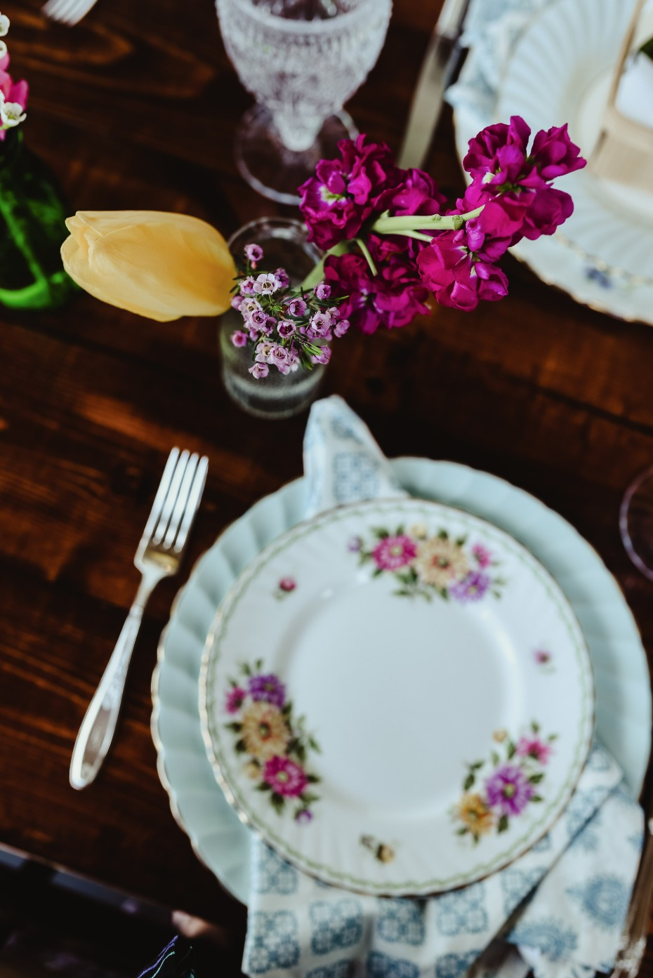 sweet and chic mismatched china