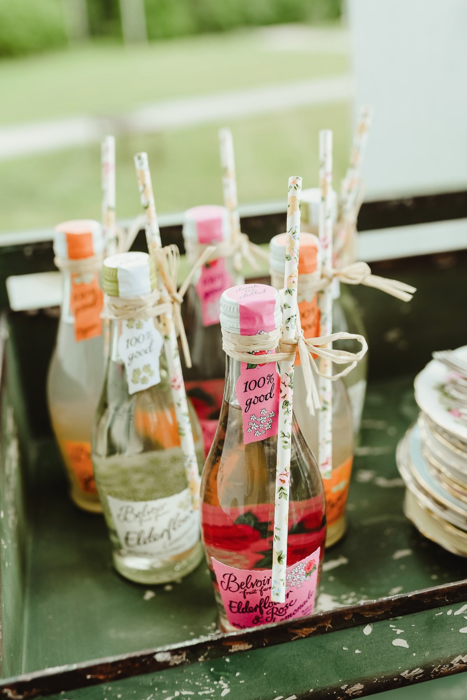 mini lemonade wedding favors
