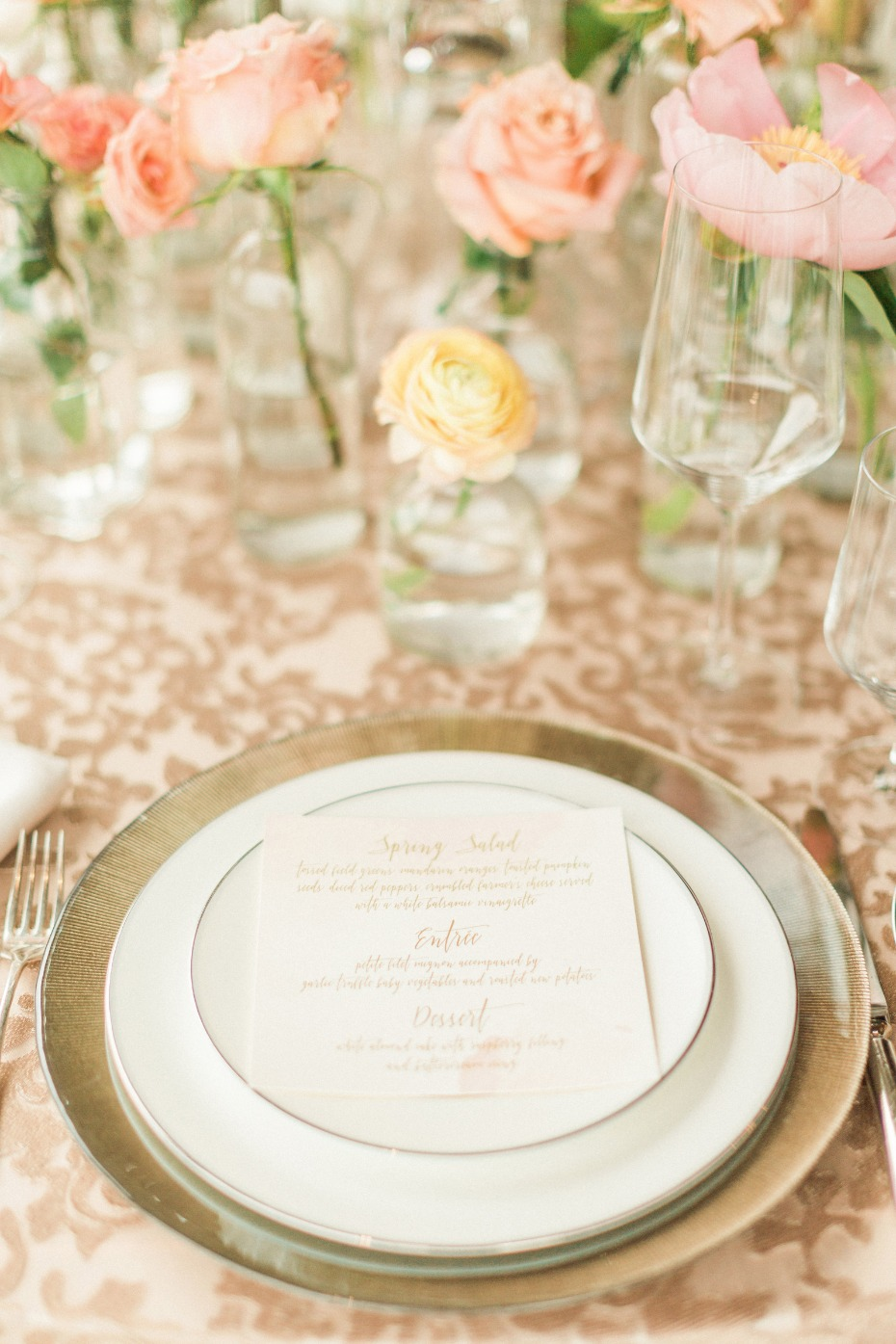gold and blush wedding table