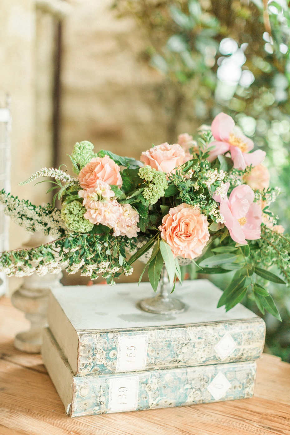 wedding florals for your reception