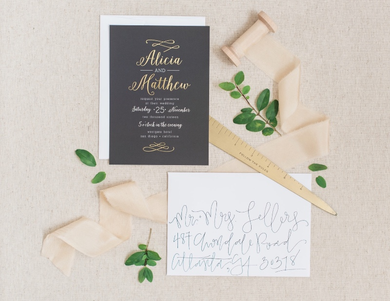 Pair a simple, hand-written envelope with a modern and fancy invite for the perfect balance. Loving the calligraphy on this envelope