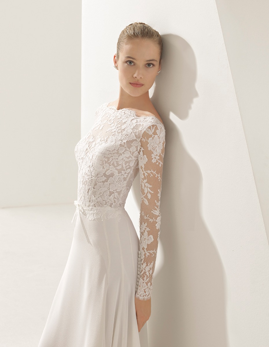 lace wedding dress elegant
