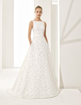 Elegant and Timeless Couture Wedding Dress Collection By Rosa Clará