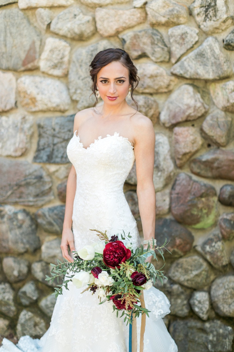 Casual and elegant bridal look
