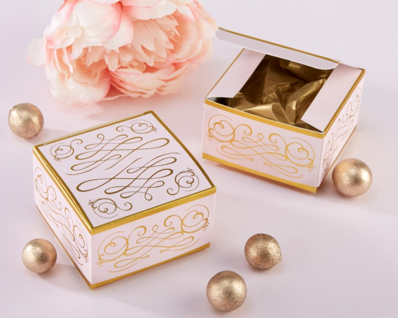 💝 With an elegant gold foil filigree design, this Modern Romance Square Favor Box set of 12 wedding favor containers is perfect