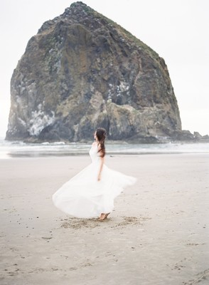 A Beach Bridal Look that Gives Back with Brides for a Cause