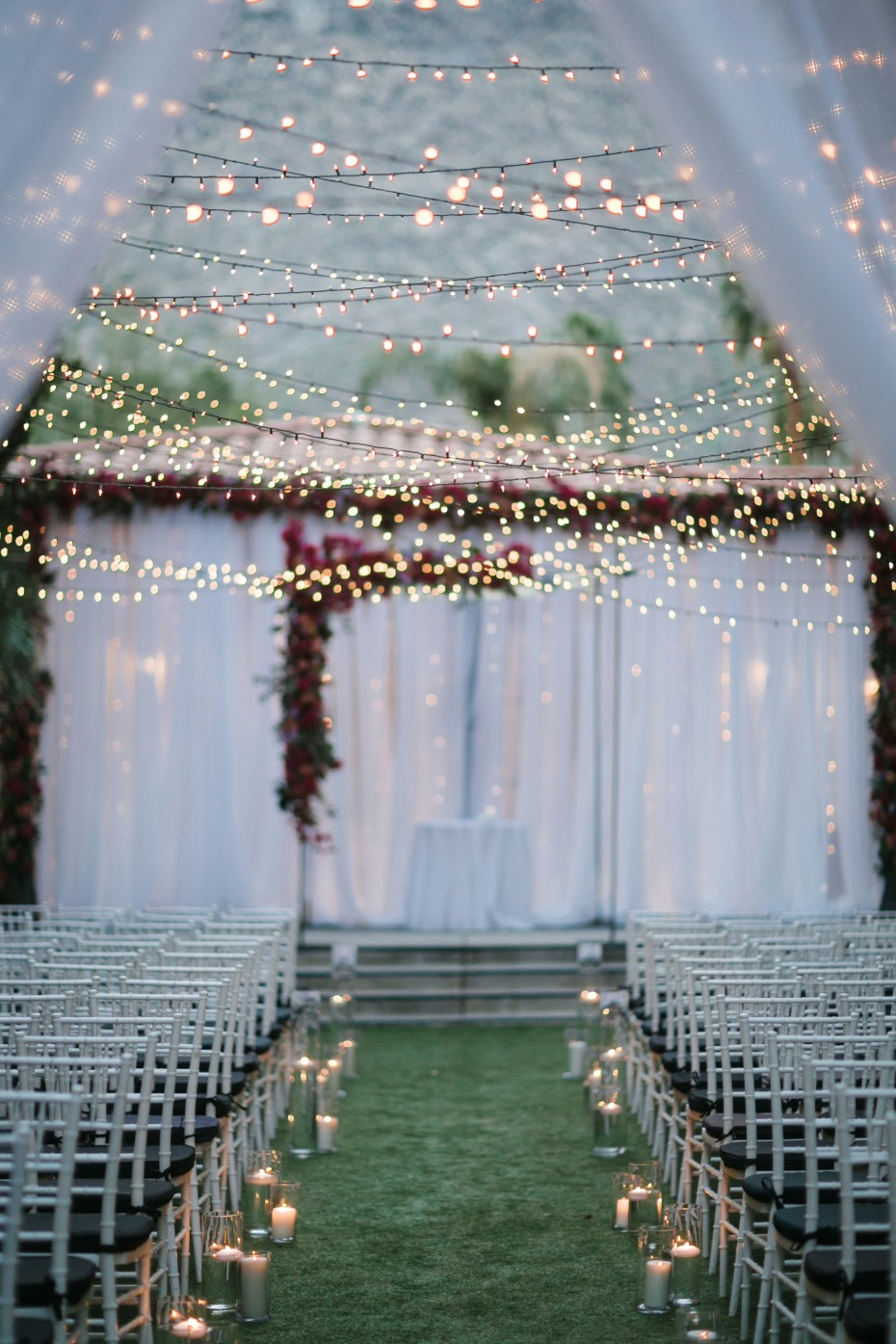 How sparkly is this ceremony!!