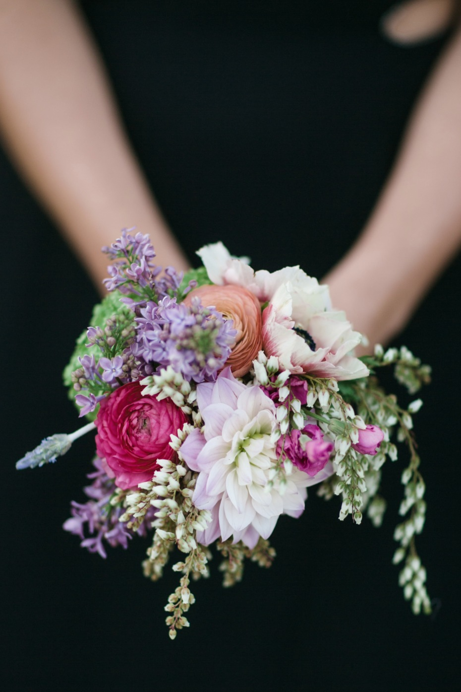 Simple and chic bridesmaid bouquet