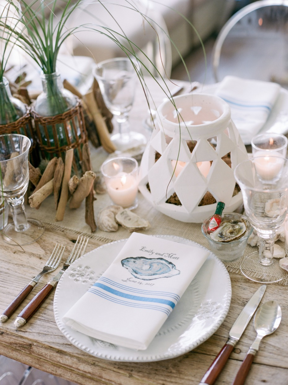 beach chic table setting