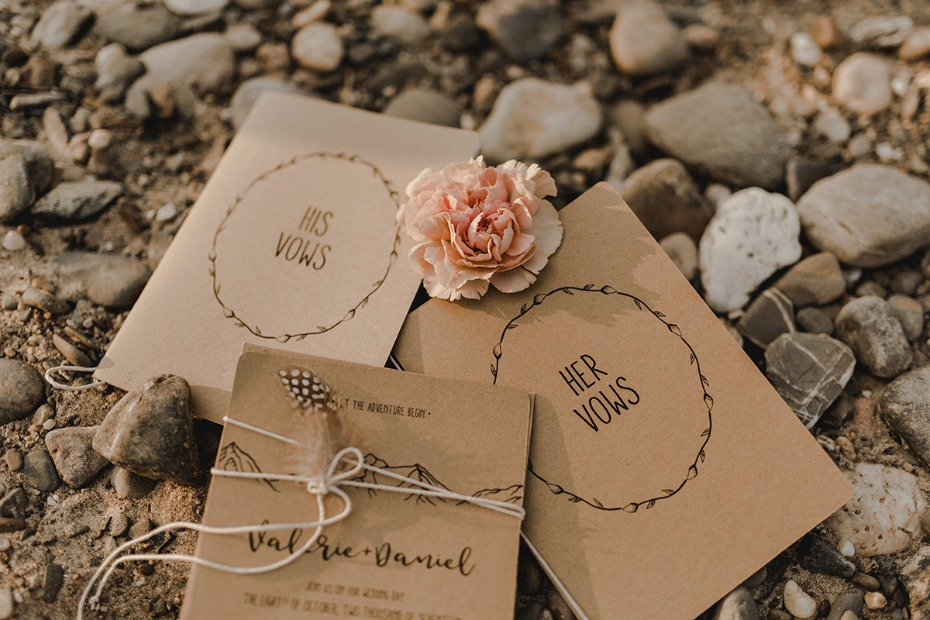 Elopement vow book ideas.