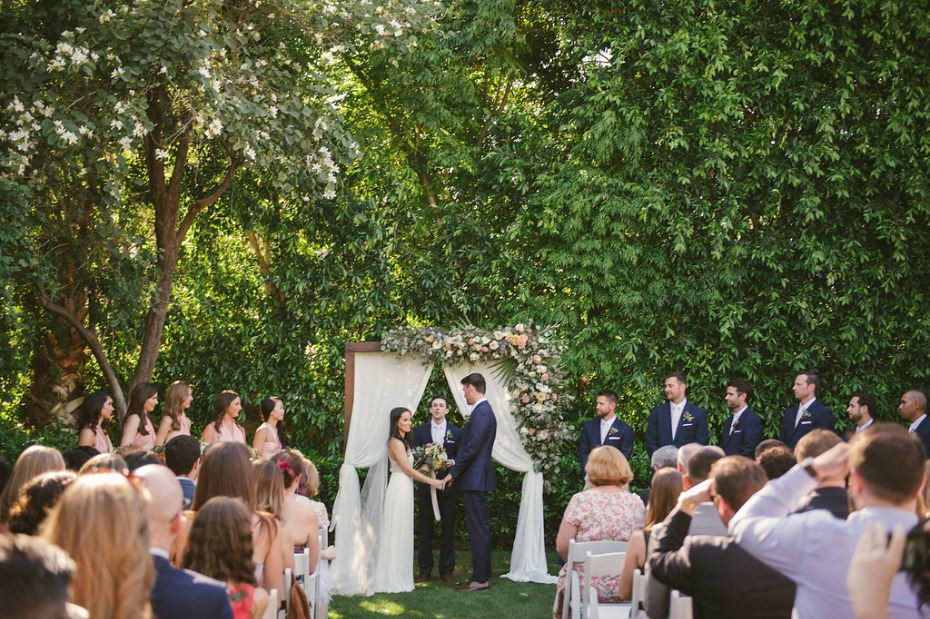 Dreamy outdoor ceremony in Palm Springs