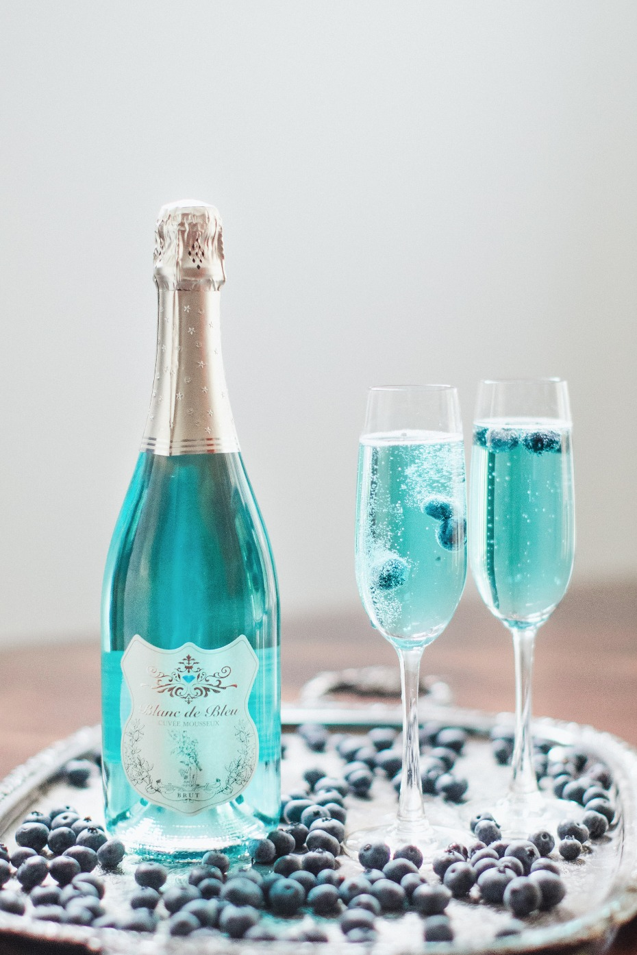 A Tiffany Blue Wedding Toast with Blanc de Bleu Cuvee Mousseux