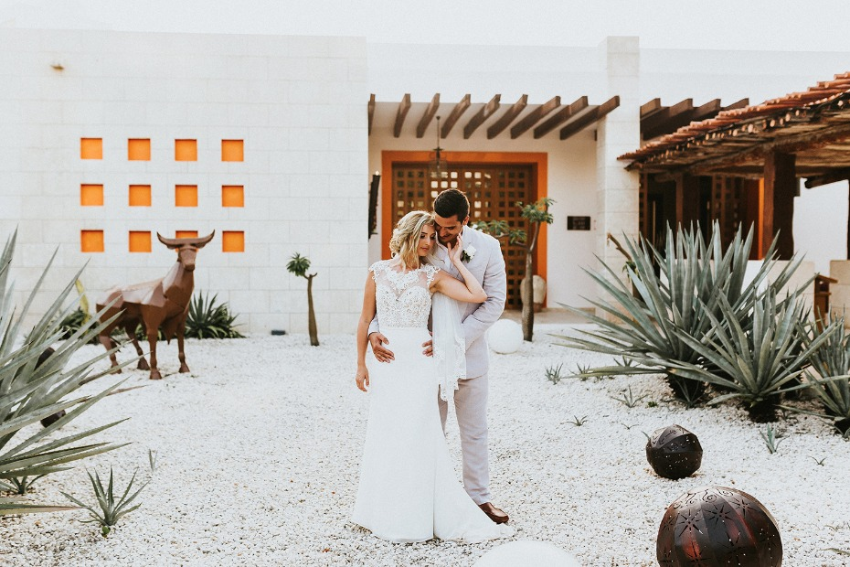 Have a intimate wedding in Mexico
