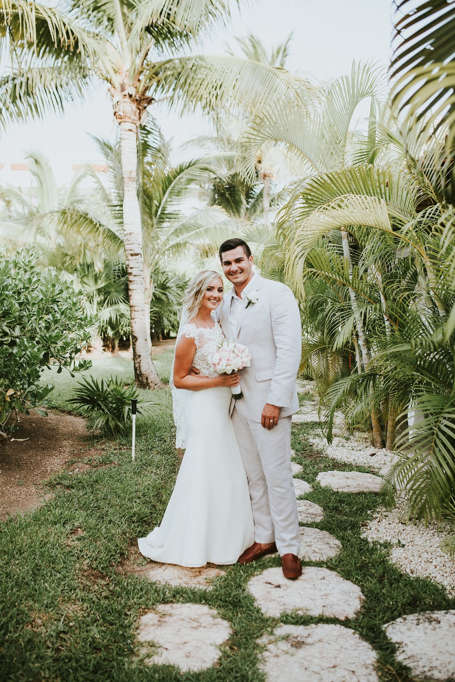 The palm trees swayed at this beach wedding in Mexico