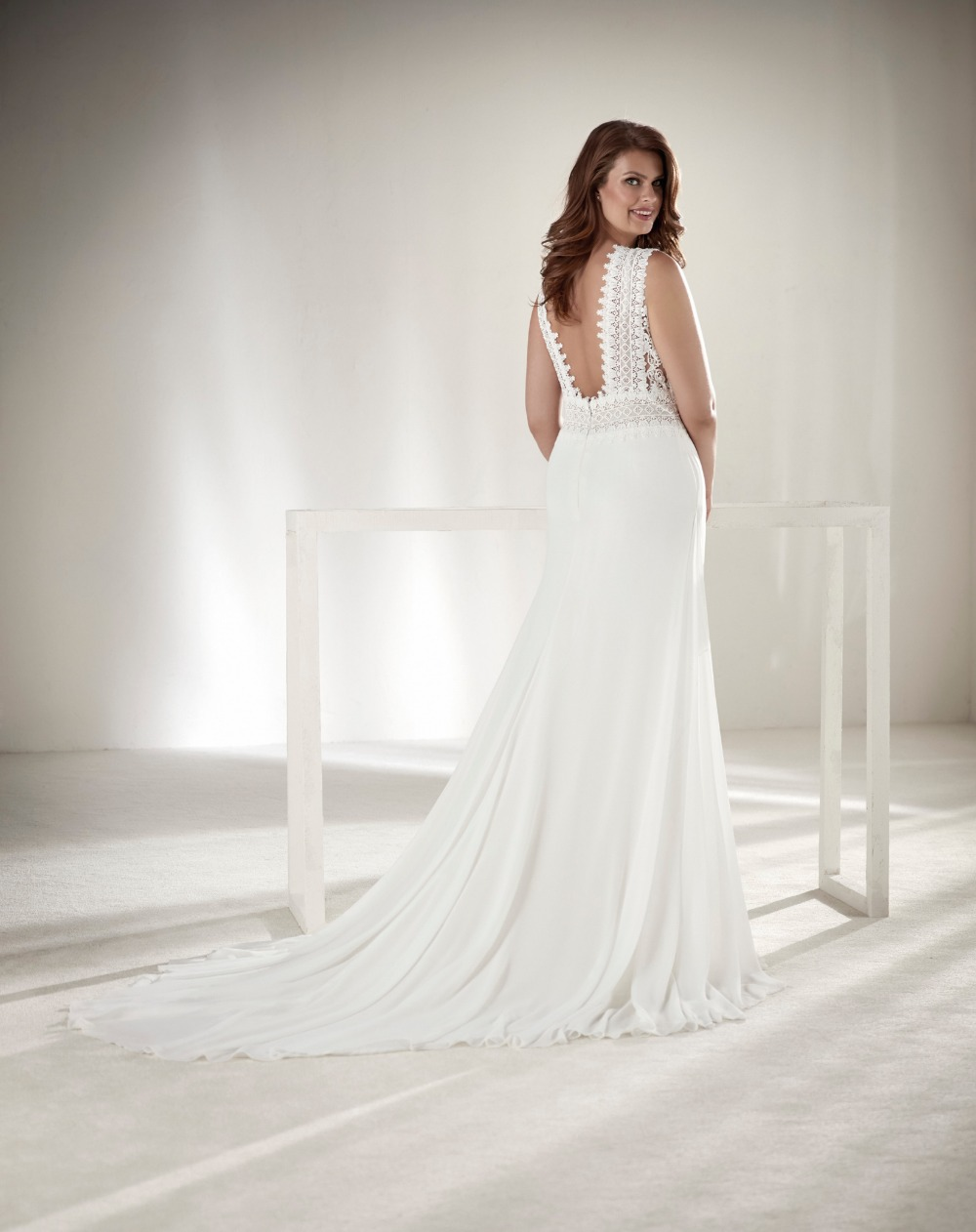 Glamorous Plus Sizes Dresses From Pronovias