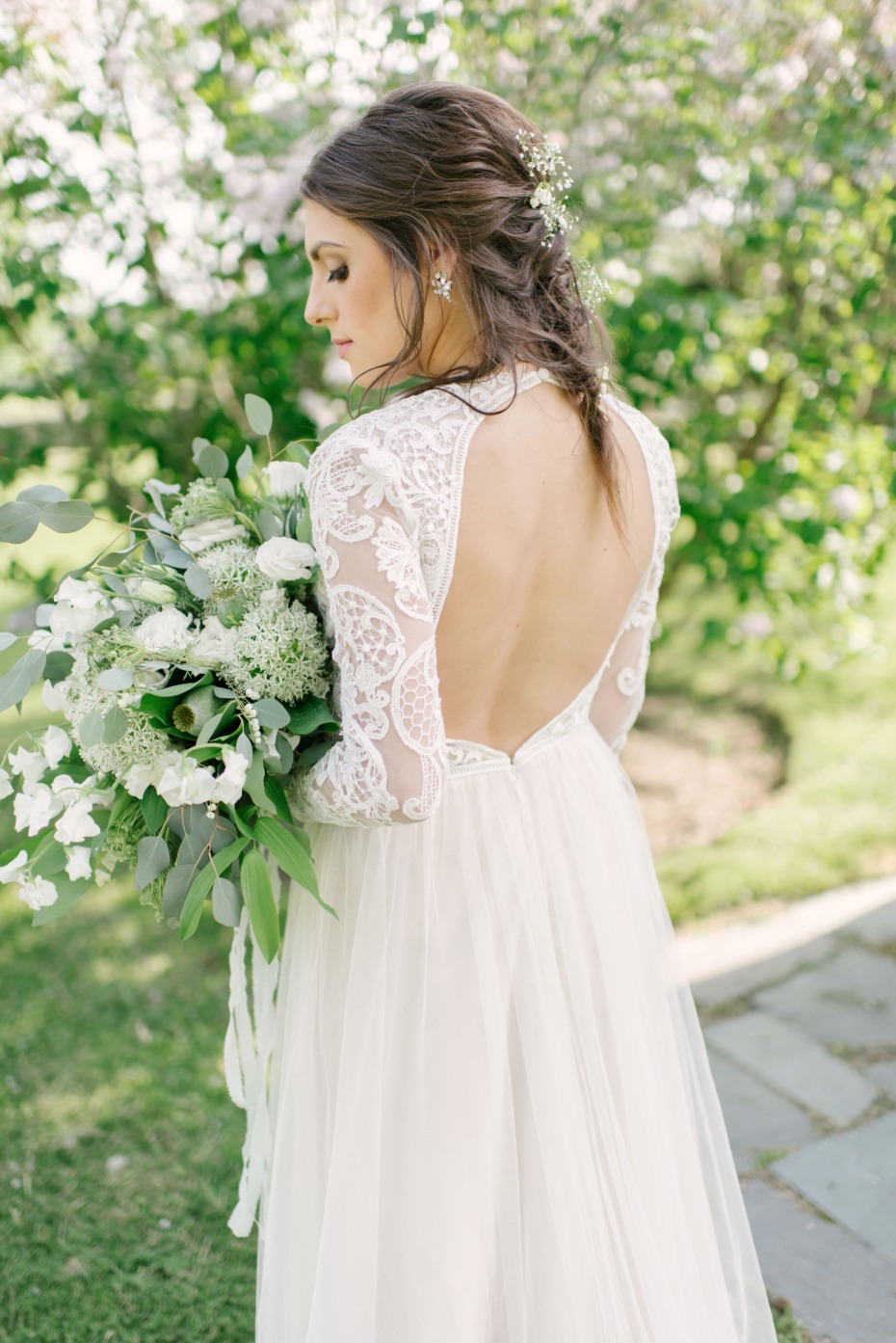 6 ways to give your wedding a vintage vibe for Pawn shops that buy wedding dresses
