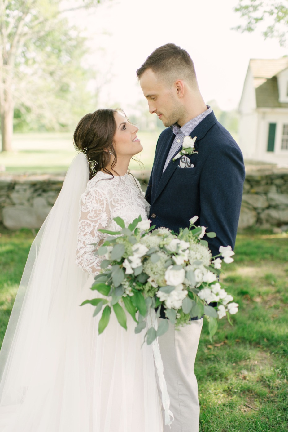 bride and groom with a classic wedding look