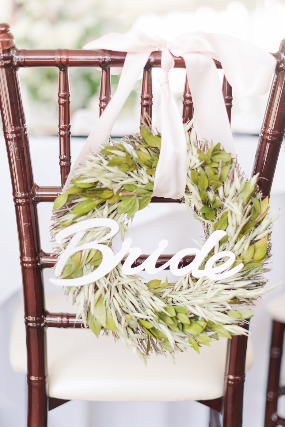 Chair wreath for the bride