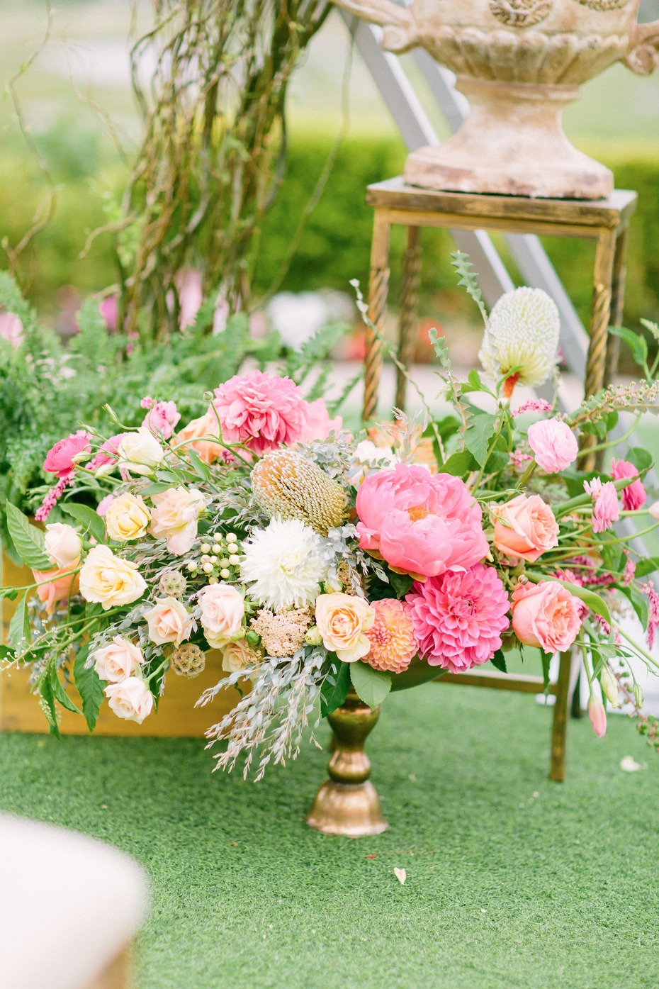 springtime wedding flower decor