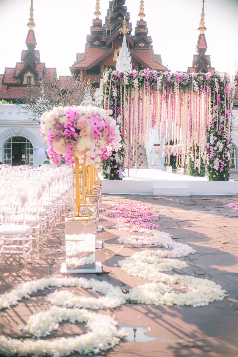 Watch behind the scenes of this beautiful fairytale set up by the talented The Wedding Bliss Thailand