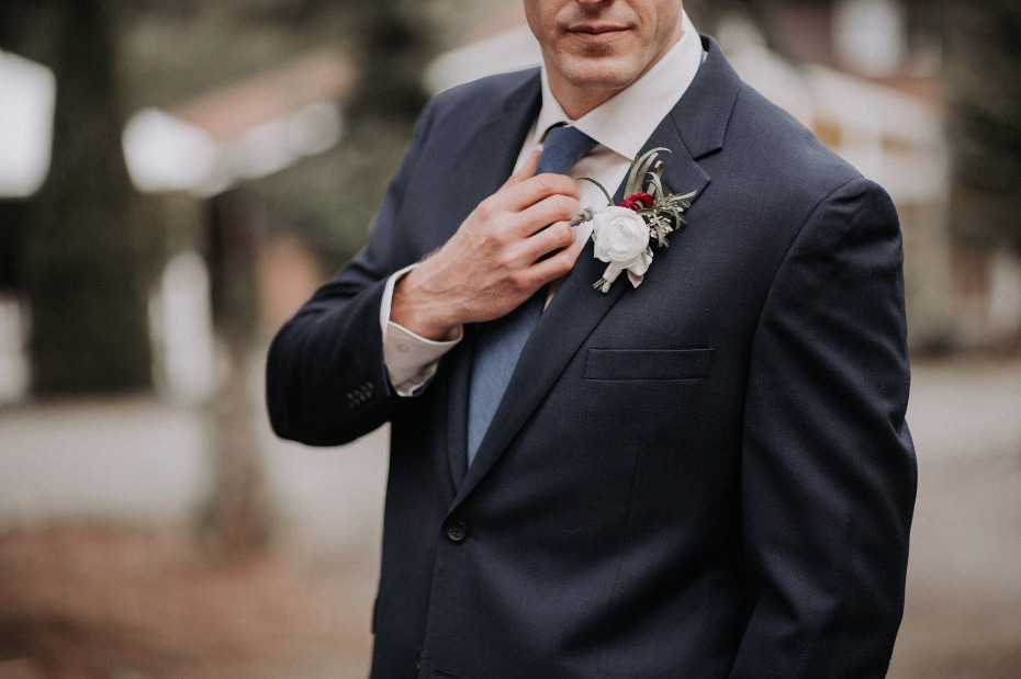 Classic look for the groom