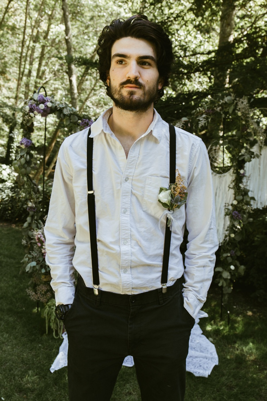 Laid-back look for the groom