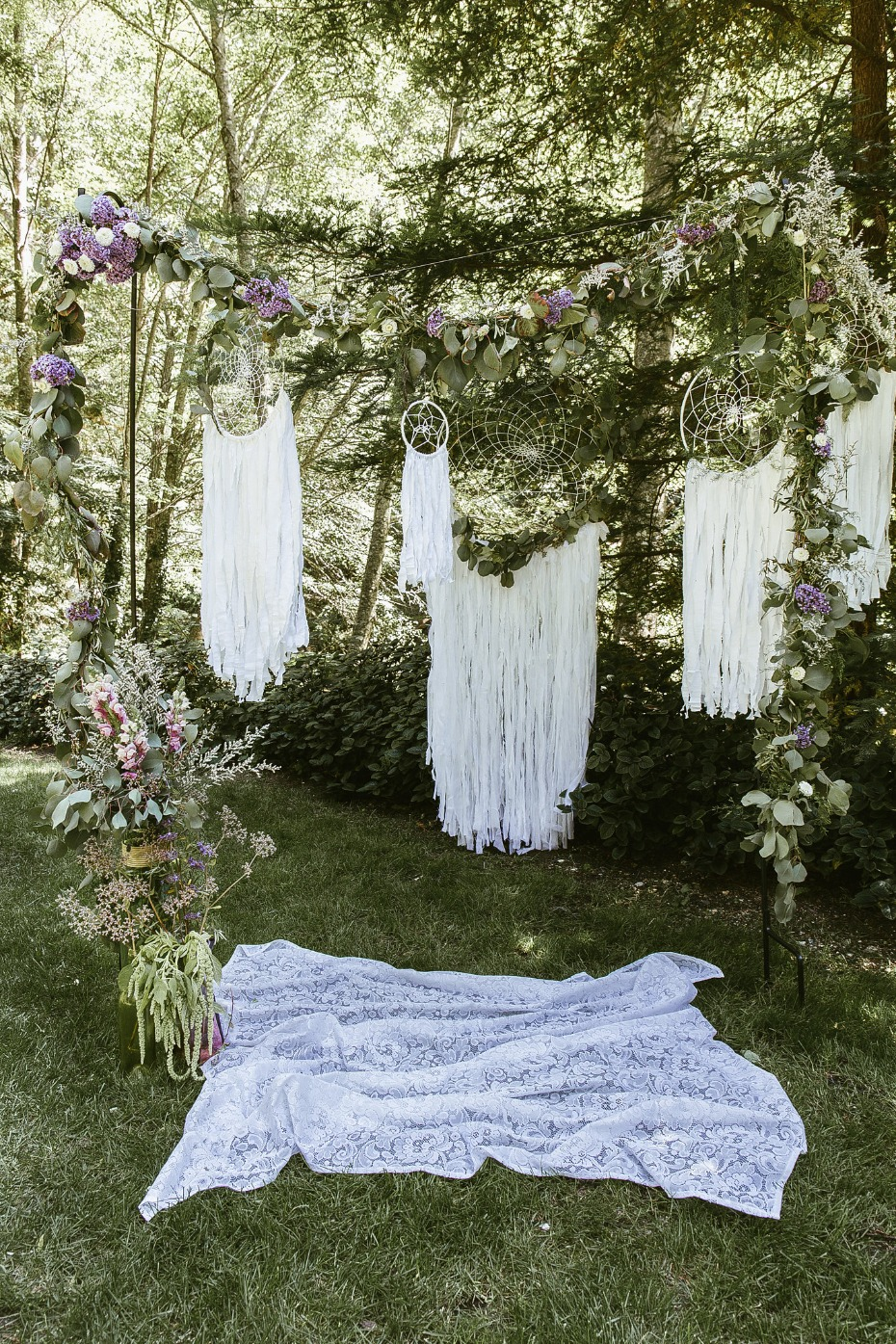 Dream catcher ceremony backdrop