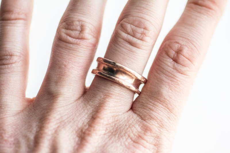 Vena is known for its bespoke wedding bands and engagement rings, handcrafted using ethical and sustainable materials and practices
