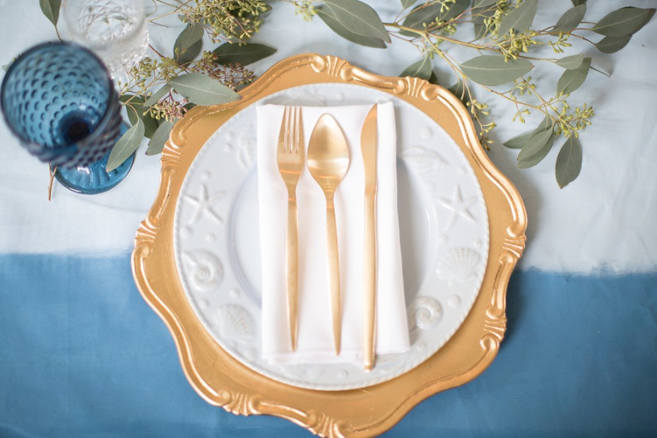 Gold and blue sweetheart table