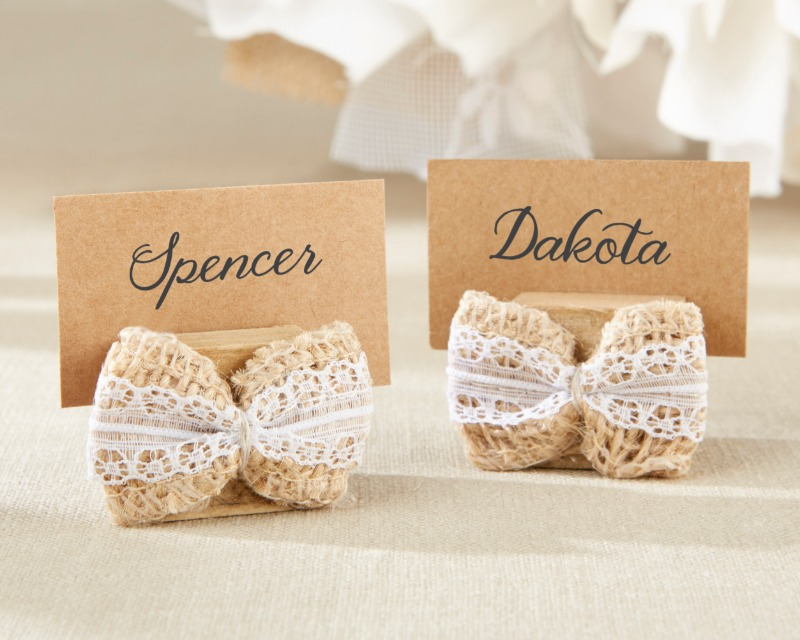 🎀 Burlap Bow Place Card Holders can hold guest place cards, food labels or anything else!