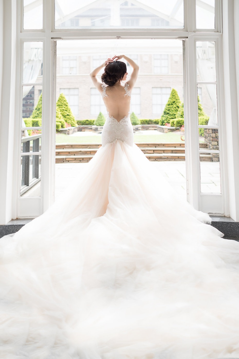 Is it a cloud? It's a train! A stunning Galia Lahav train!