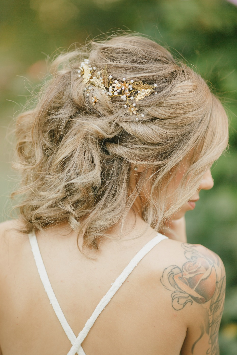 Elegant butterfly hair accessory