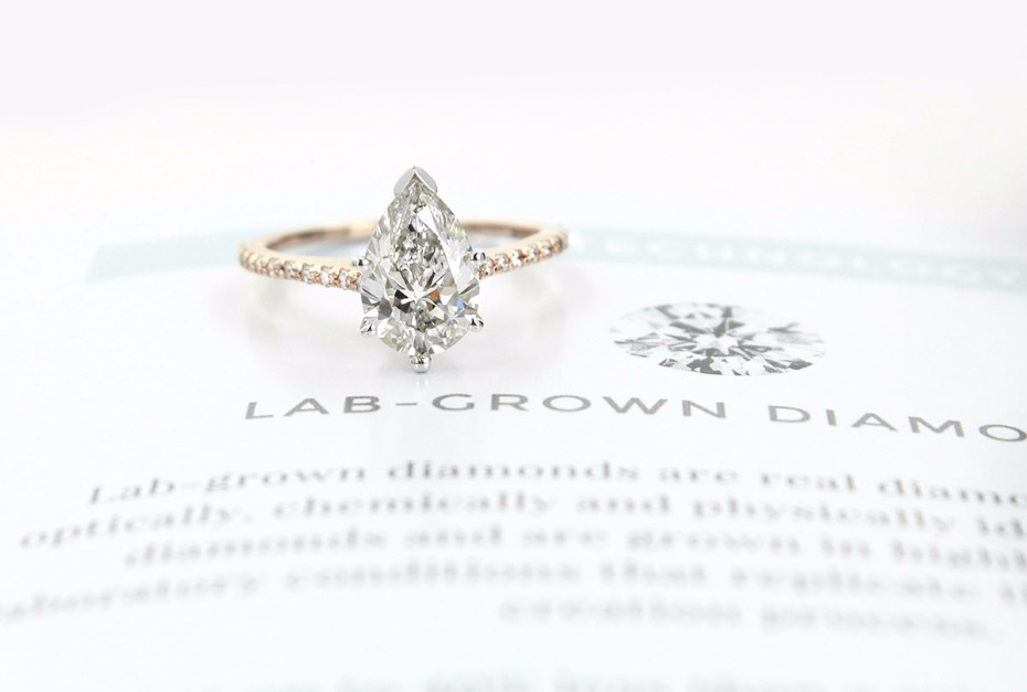 Gorgeous lab-grown ECO DIAMONDS from MiaDonna