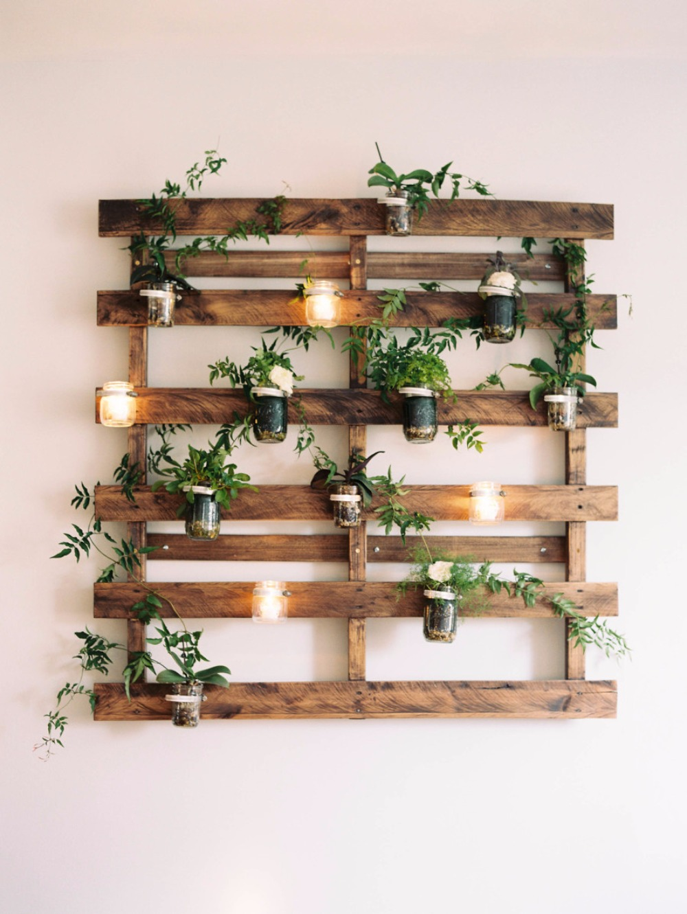 17 Awesome DIYs For Your New Home!